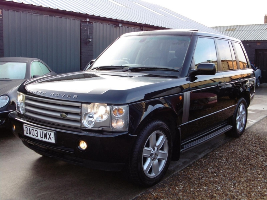 View LAND ROVER RANGE ROVER V8 VOGUE